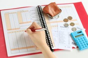 【共働き夫婦必見】キャッシュレス化で家計管理を簡単にする方法